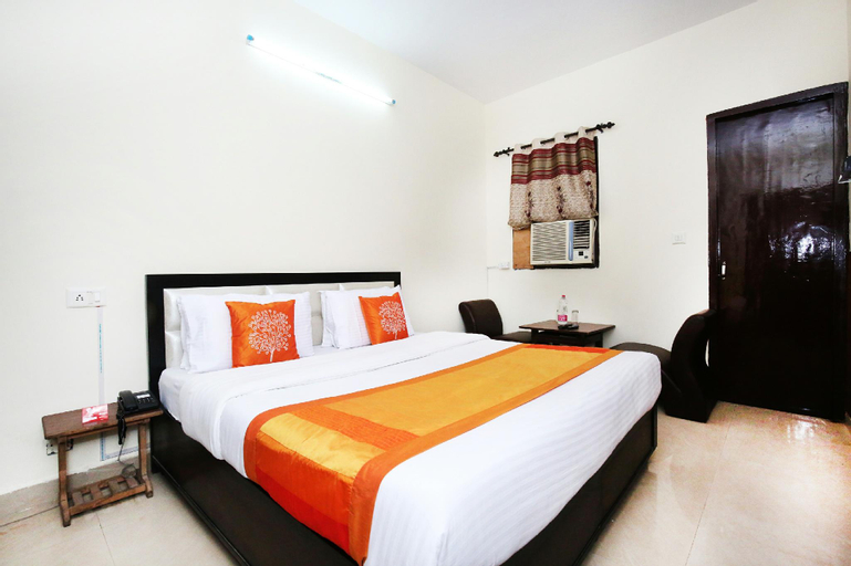 OYO 10377 Hotel Tango, Sahibzada Ajit Singh Nagar