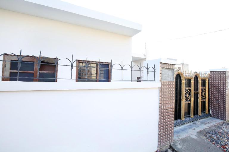SPOT ON 39686 Naman Guest House, Fatehgarh Sahib