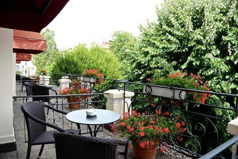 Carlton Lausanne SA, Lausanne