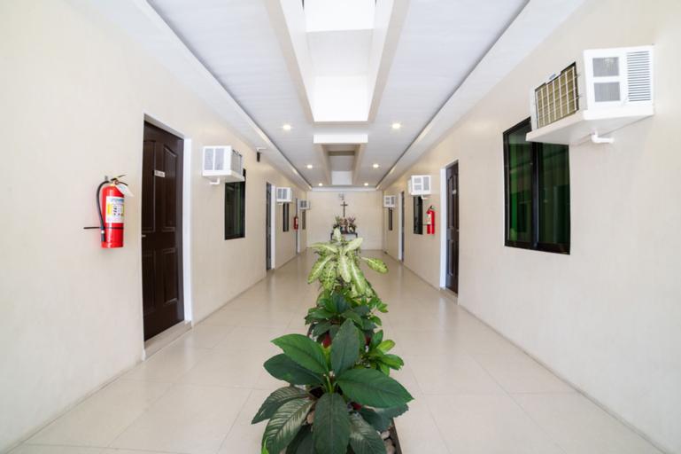 OYO 235 R Residencia, Davao City