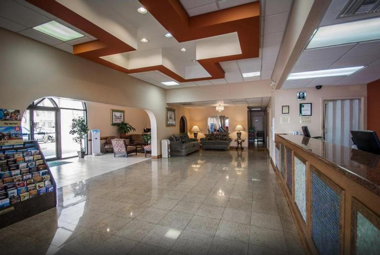 Quality Inn & Suites Eastgate, Osceola