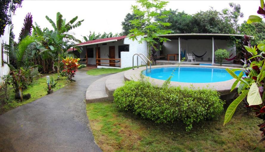 Twin Lodge Galapagos Hotel, Santa Cruz