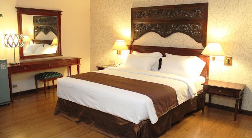 Narita Hotel Surabaya, Surabaya