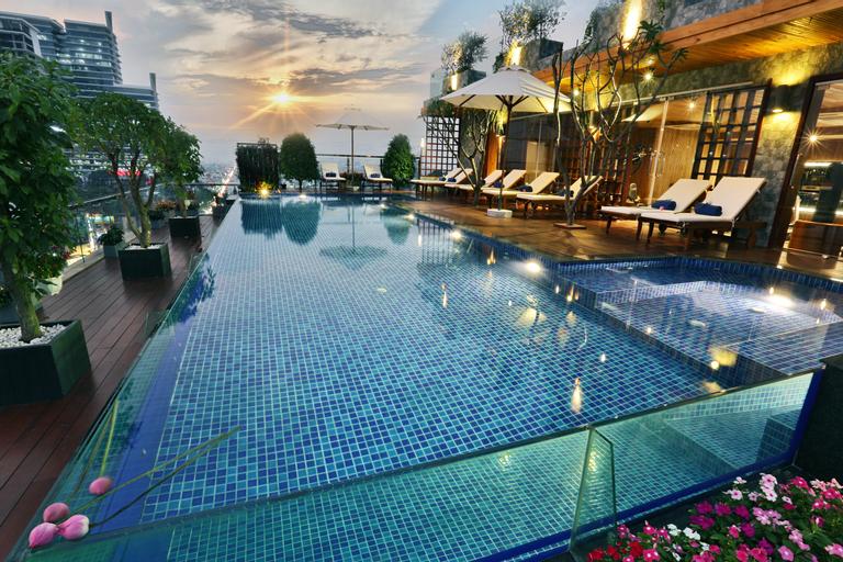 Lotus Saigon Hotel, Quận 3