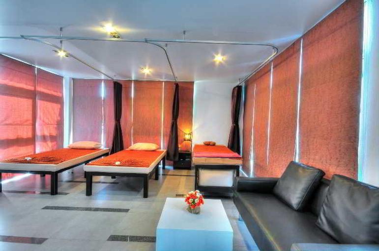 BS Premier Airport Hotel, Bang Plee
