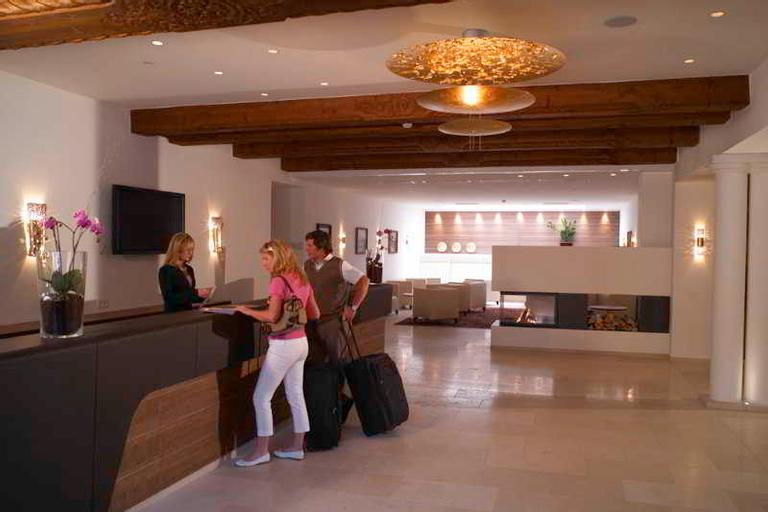 Romantik Hotel Im Weissen Roessl, Gmunden