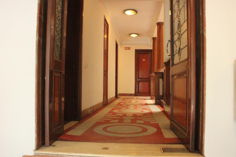 OYO 3865 Hotel Corporate Park, West