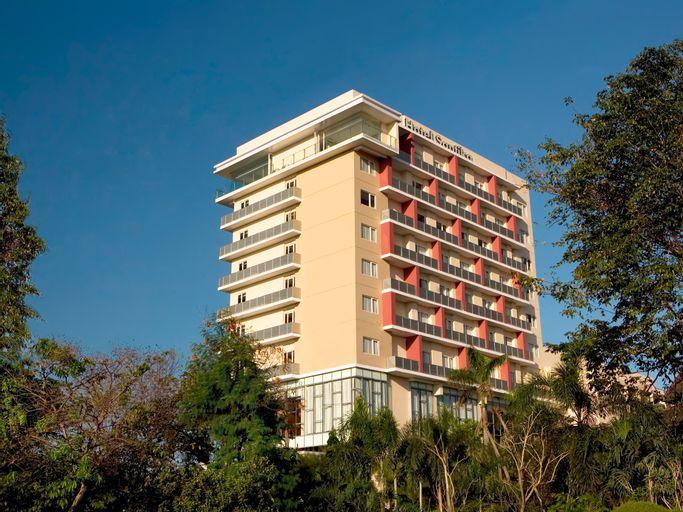 Hotel Santika Jemursari, Surabaya