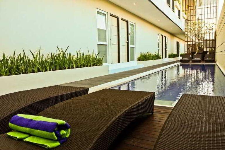 Eazy Suites Hotel, Badung