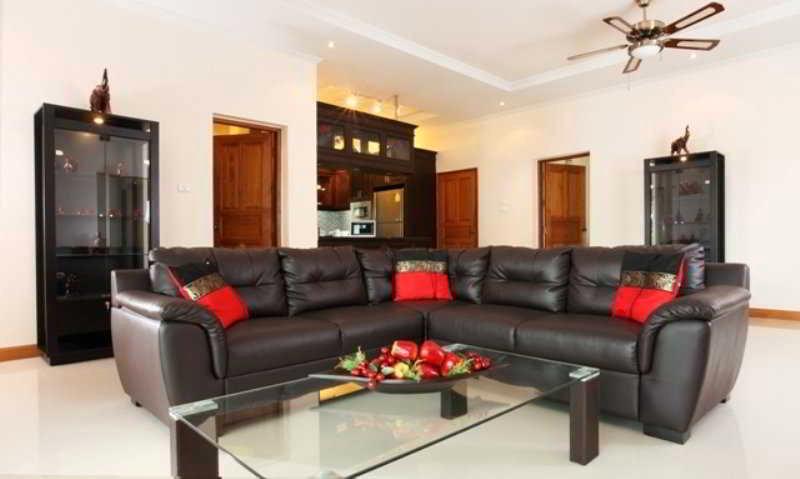 The Chase and Foxlea Executive Pool Villa, Bang Lamung