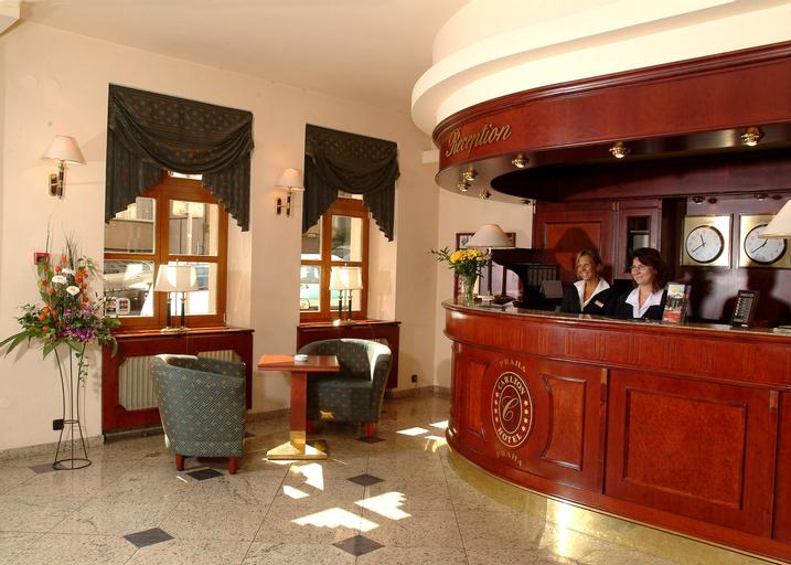 Carlton Hotel, Praha 3