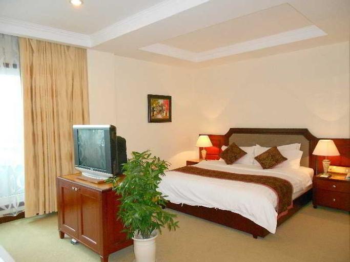 Pearl River Hotel, Kiến Thụy