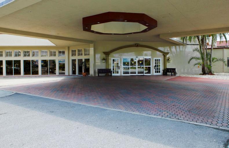 I-Drive Grand Resort & Suites, Orange