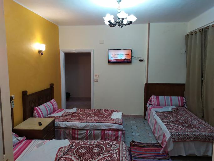 Cairo Moon Hostel, Qasr an-Nil