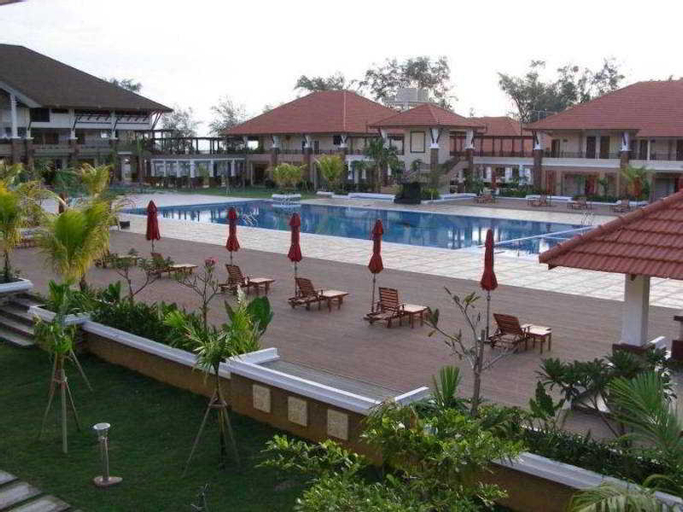 Tok Aman Bali Beach Resort, Pasir Putih