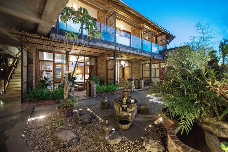 Flower Place Inn, Baoshan