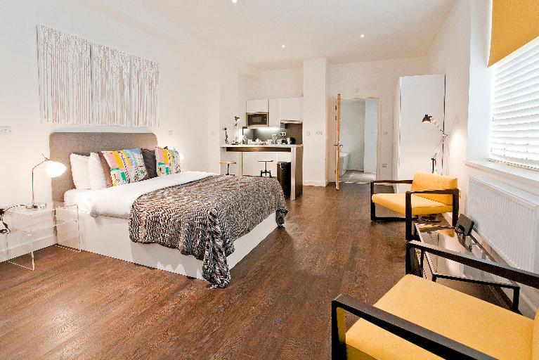 Aldgate Superior Apartments, London