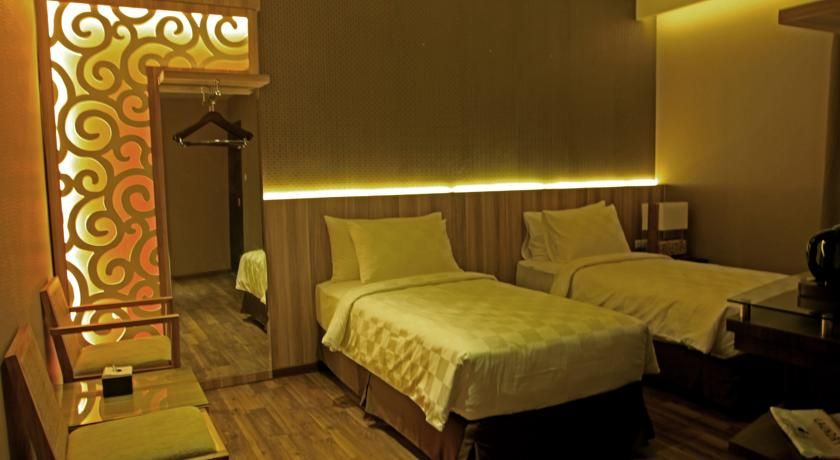 Oxville Hotel Padang, Padang