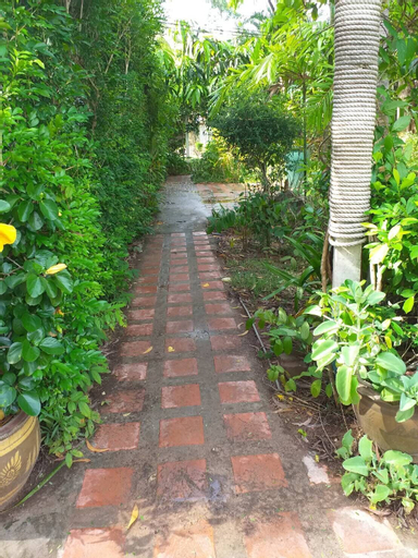 Boonchu Bangburd Resort at Chumphon, Pathiu