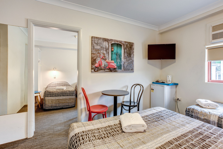 Arena Hotel, Bankstown - North-East
