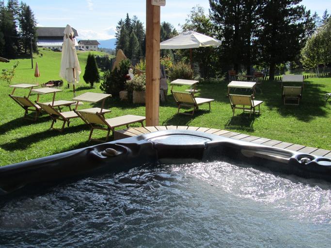 Berghotel zum Zirm, Bolzano