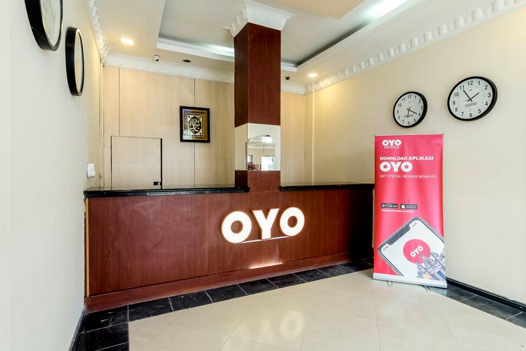 OYO 687 Residence Hotel, Medan