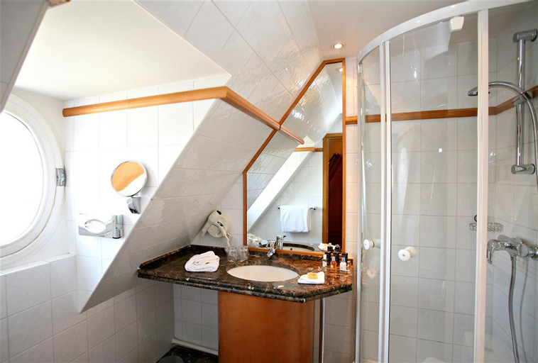 Hotel Royal Saint Michel, Paris