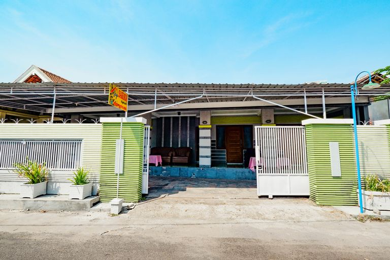 SPOT ON 2171 Griya Sakura Syariah, Solo
