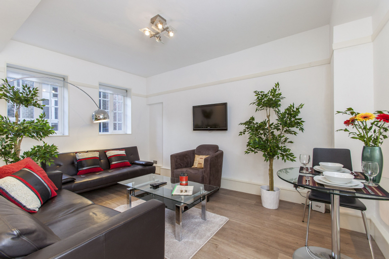 Club Living - Liverpool St. Apartments, London