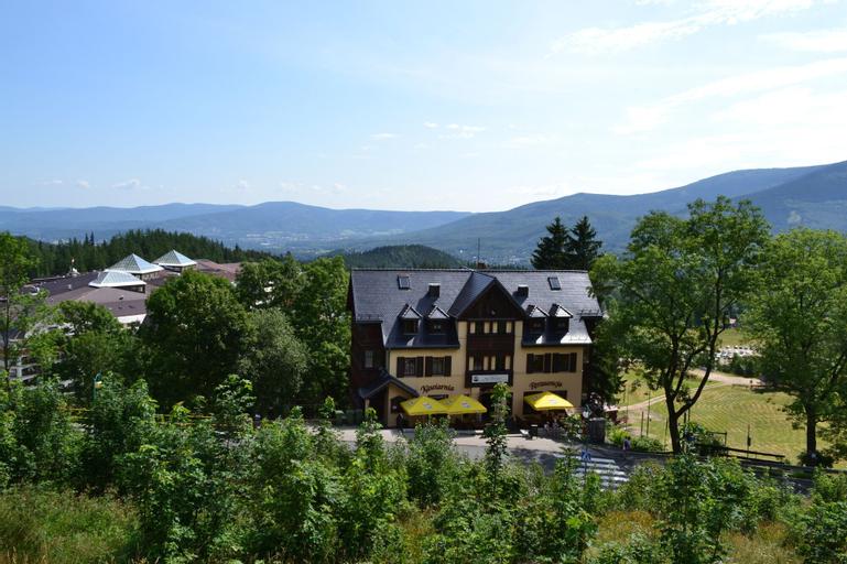 Rezydencja na Skrocie, Jelenia Góra