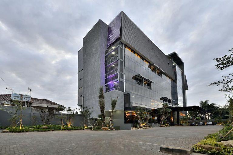 Amaroossa Cosmo Jakarta, Jakarta Selatan
