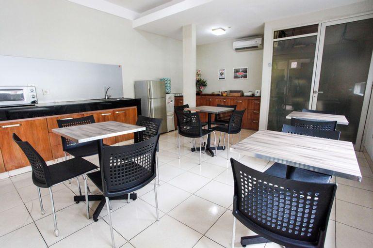 LeGreen Suite Pejompongan, Central Jakarta