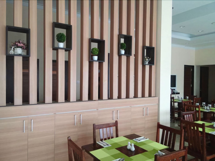New D Dhave Hotel, Padang