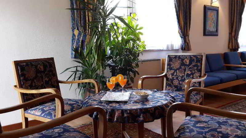 Hotel Dolomiti, Trento