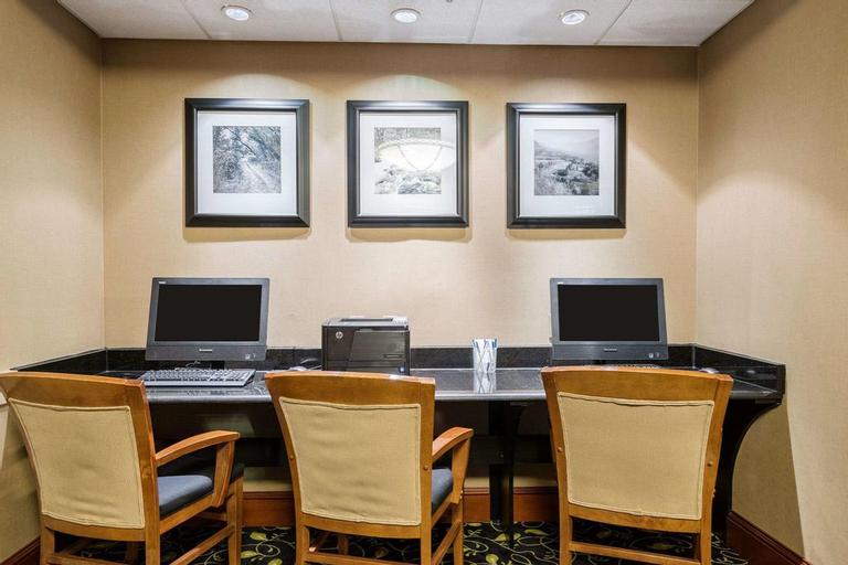 Comfort Inn & Suites Newark - Wilmington, New Castle