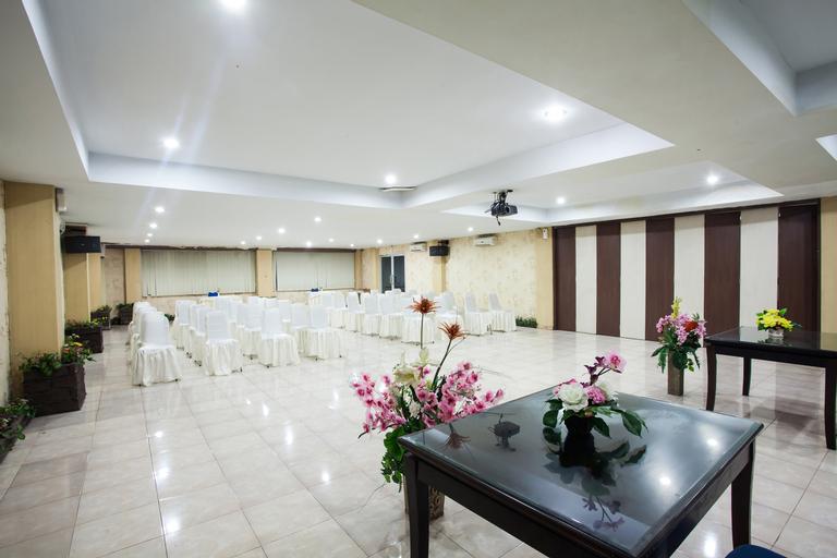 Medan Ville Hotel, Medan