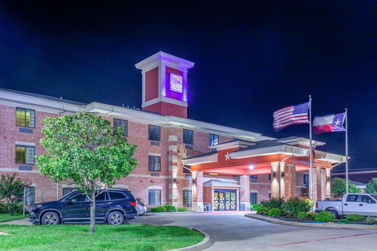 Sleep Inn & Suites near Hillcrest Hospital, McLennan