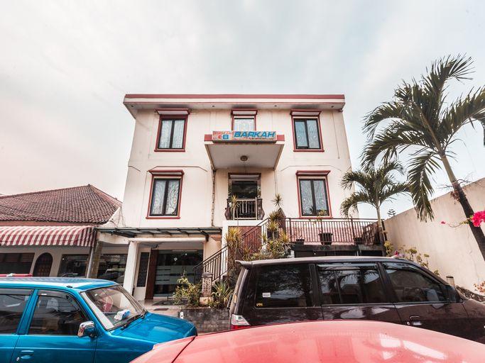 OYO 1667 Wisma Lux Barkah Syariah, South Jakarta
