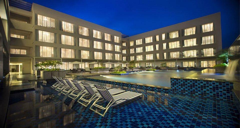 Oakwood Residence Prestige Whitefield, Bangalore