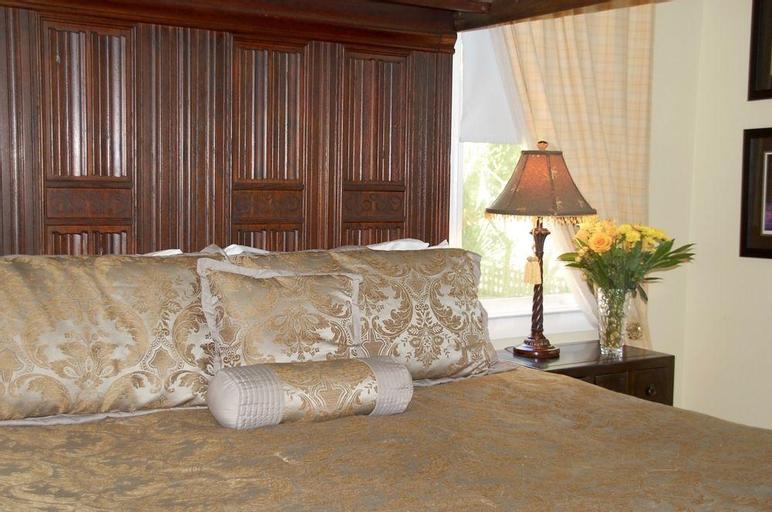 Hoyt House Bed & Breakfast Inn, Nassau