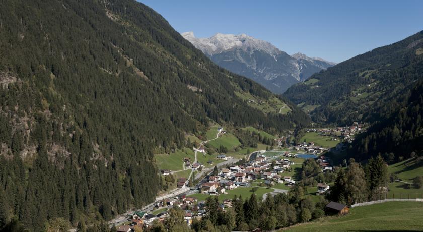 Alpenkönigin, Landeck