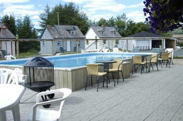 Auberge Les Jardins Inn / Motel Le Brayon & Chalet, Madawaska