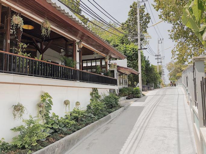 The Reef Hotel, Muang Satun