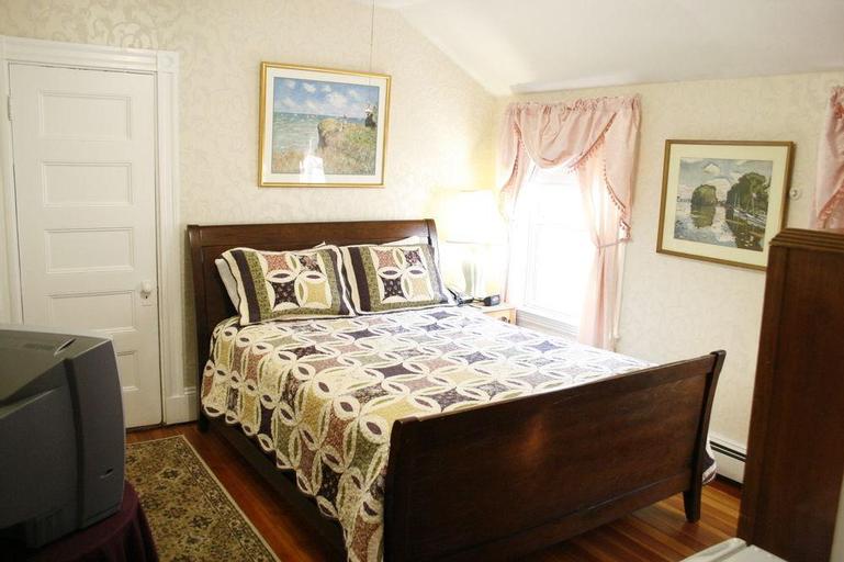 Coolidge Corner Guest House, Norfolk