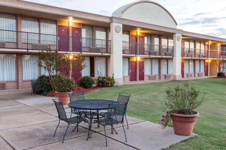 Days Inn by Wyndham Hillsboro TX, Hill