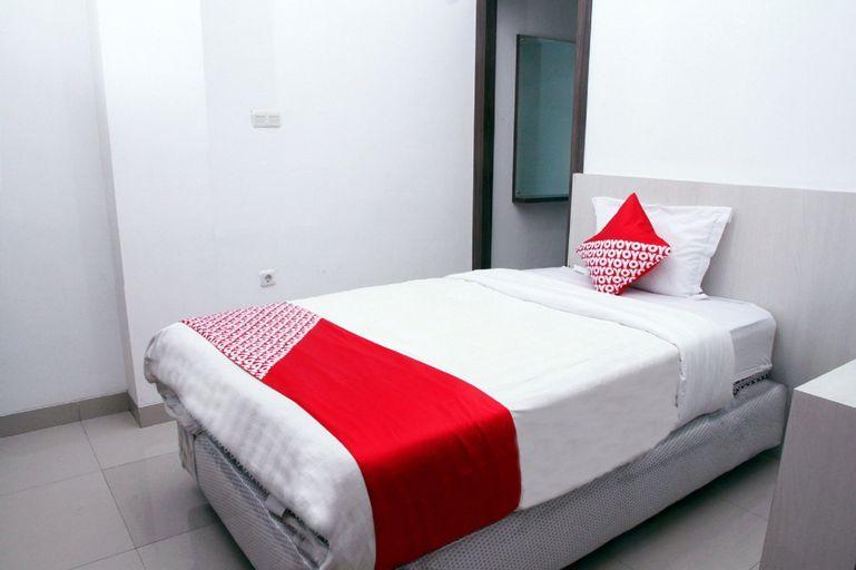 OYO 861 R Four Hotel, Palu