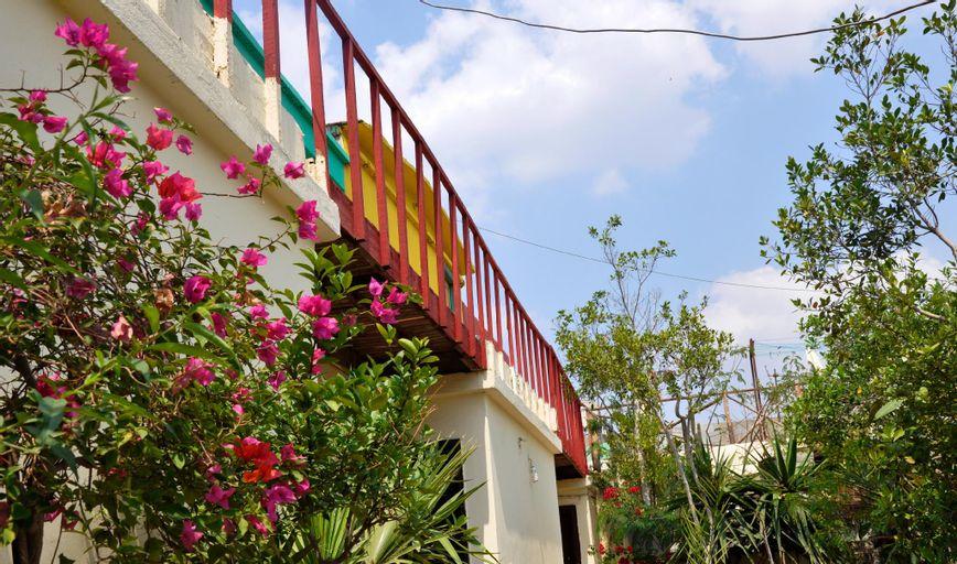 Dahab Hostel, Qasr an-Nil