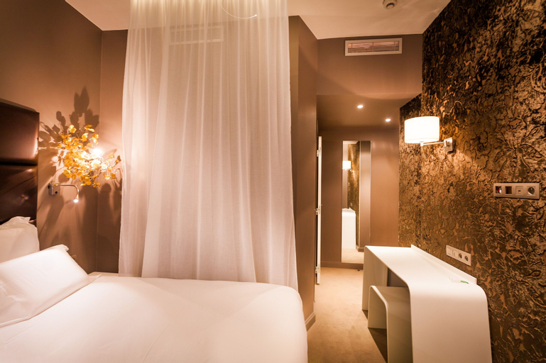 Legend Saint Germain Hotel by Elegancia, Paris