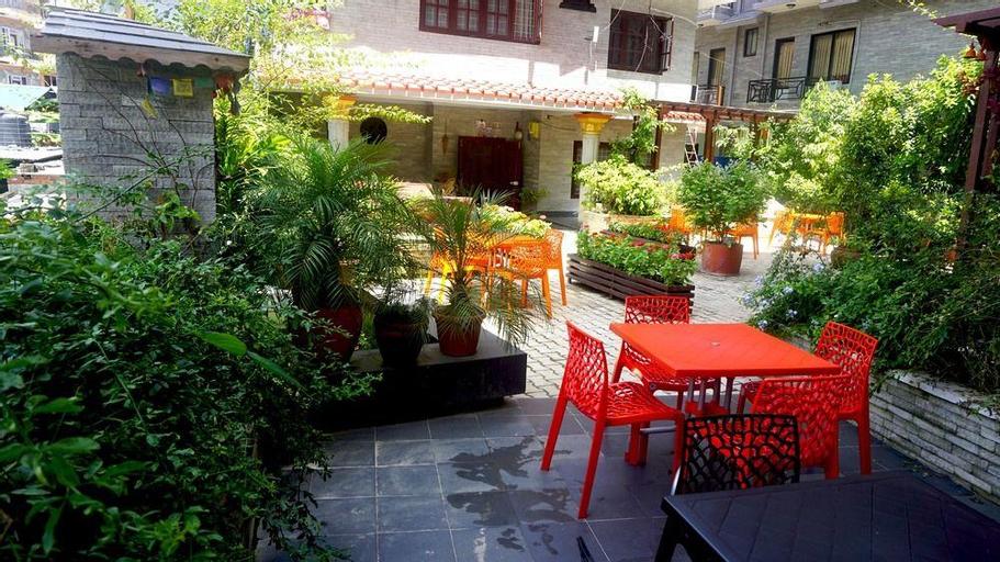 Hotel Middle Path, Gandaki