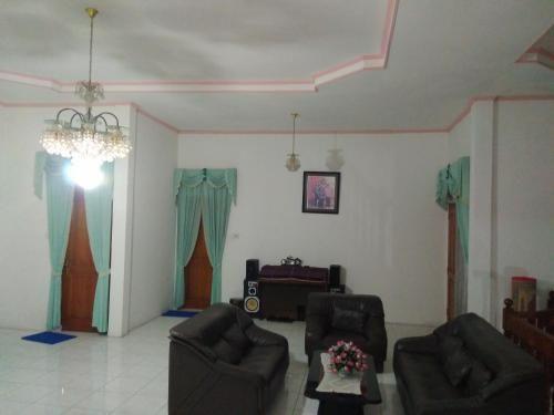 Homestay 77 syariah Bukittinggi, Agam